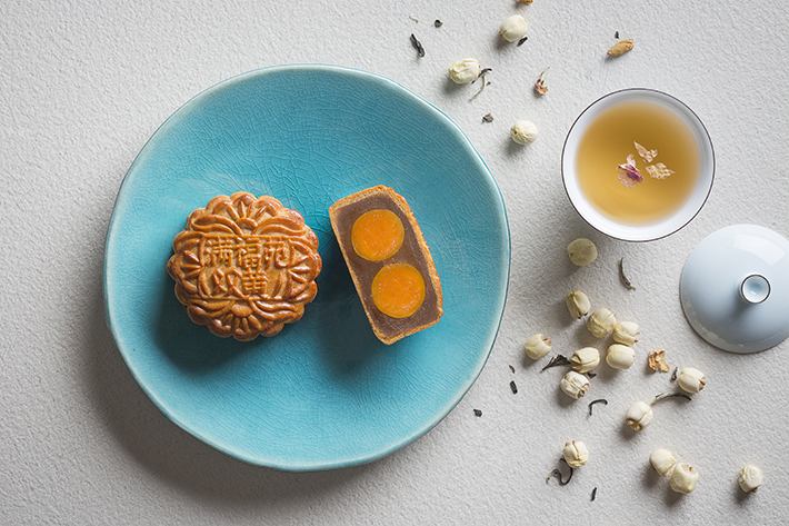 Baked Mooncake with Double Yolks and White Lotus Paste