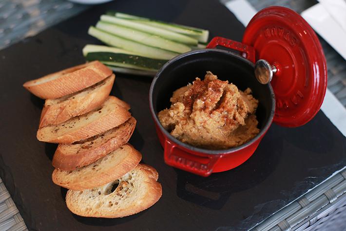 Barnacles Hummus