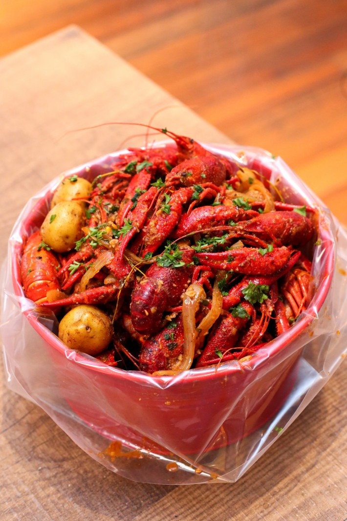 C.O.W. Crayfish Bucket With Old Bay Seasoning Boil