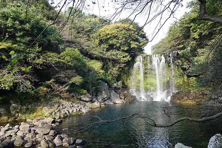 Cheonjiyeon Falls Jeju