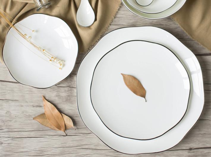 10 Geometric White Plates