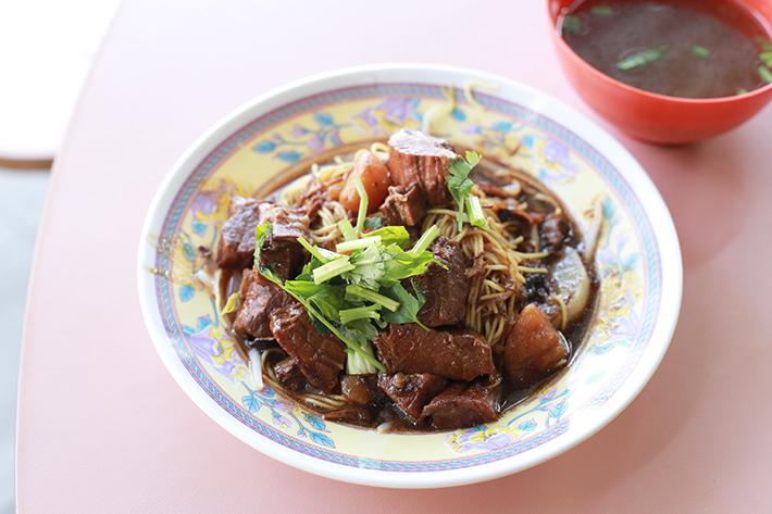 Soon Lee Stew Beef Beef Noodles 2