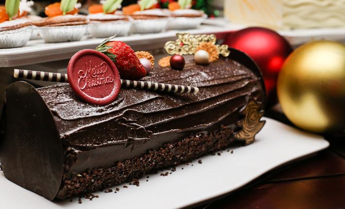 Spice Brasserie Hazelnut Log Cake