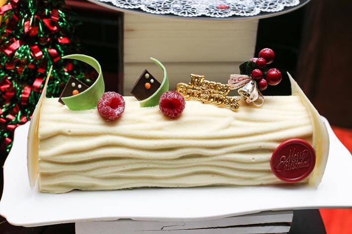 Spice Brasserie White Log Cake