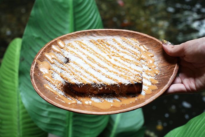 Amphawa Milk Tea Kaya Toast