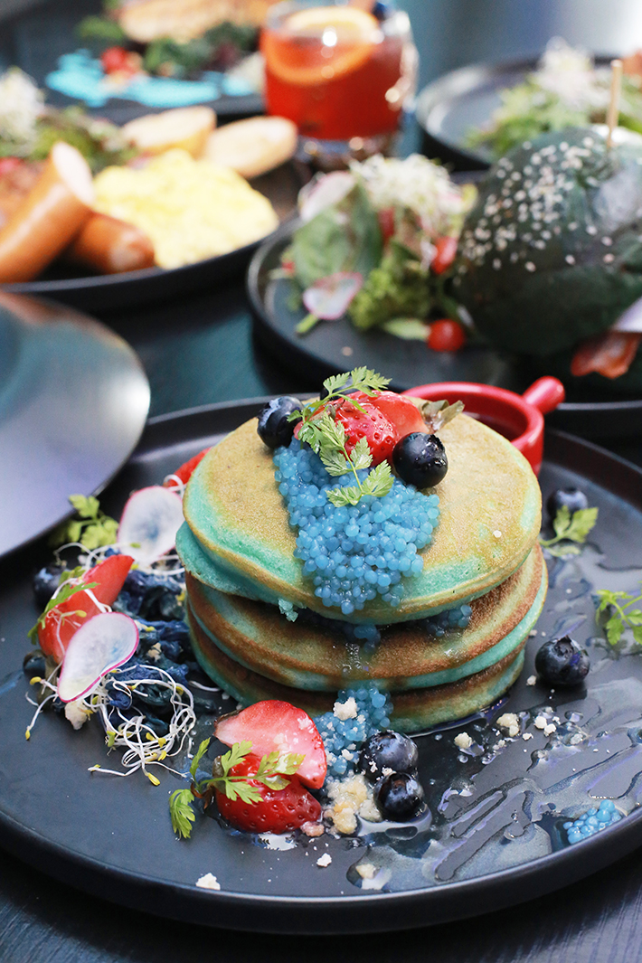 Blue Willow Blue Pancakes 2