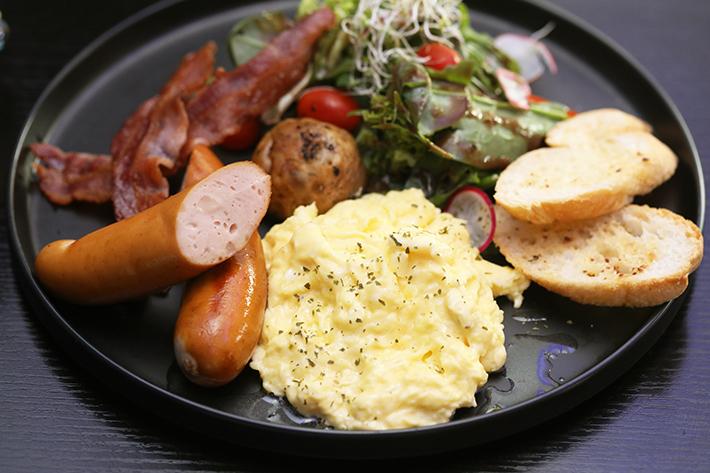 Blue Willow Jake's Breakfast