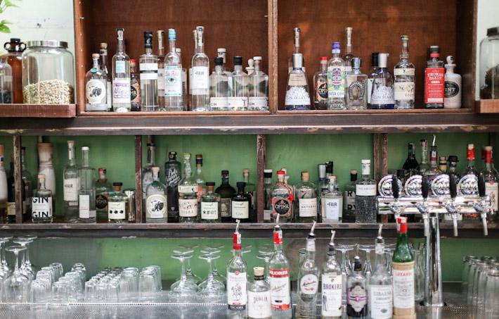 Botakliquor Bar