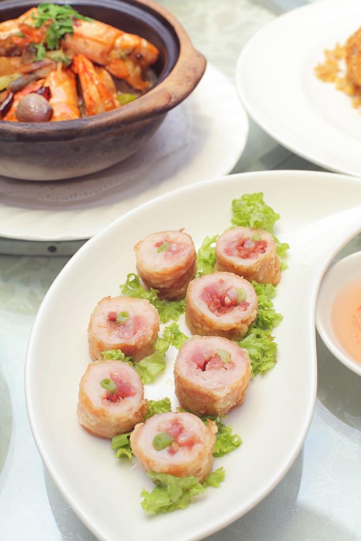 Si Chuan Dou Hua Chicken Roll