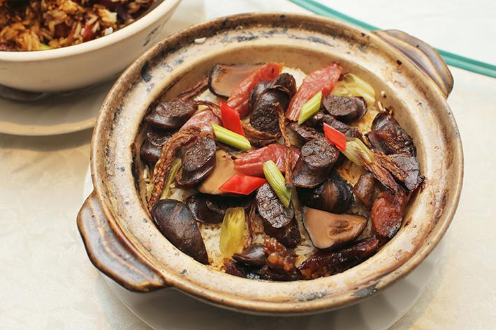 Si Chuan Dou Hua Claypot Rice 2