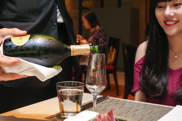 Melt Cafe Champagne
