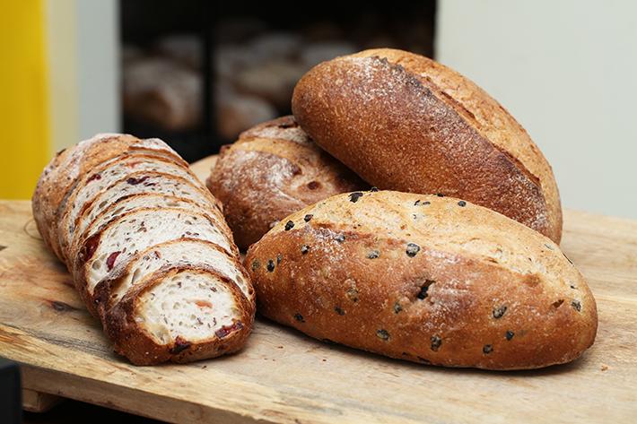 Enjoué Bakery Bread Group Shot