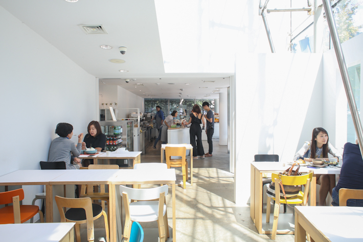 Rose Bakery Interior 2