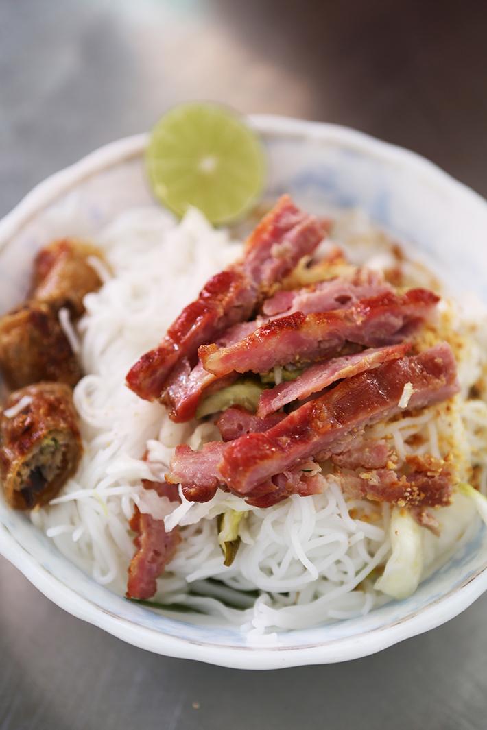 Nhu Lan Bakery Dry Rice Noodles 2