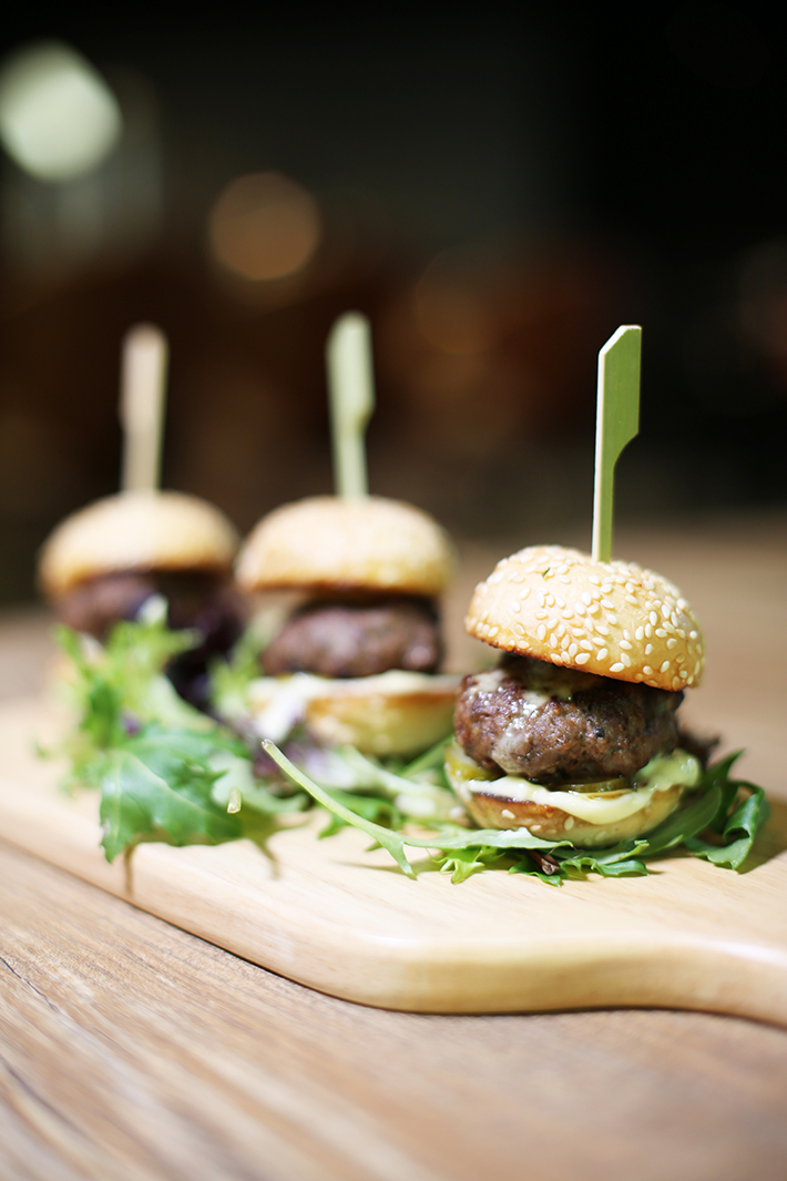 Pong Singapore Beef Sliders