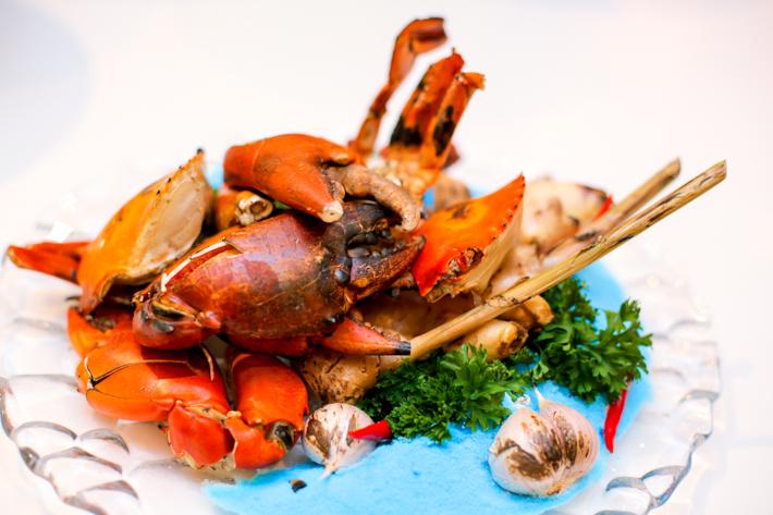 Ginger PARKROYAL Rock Salt Baked Crab