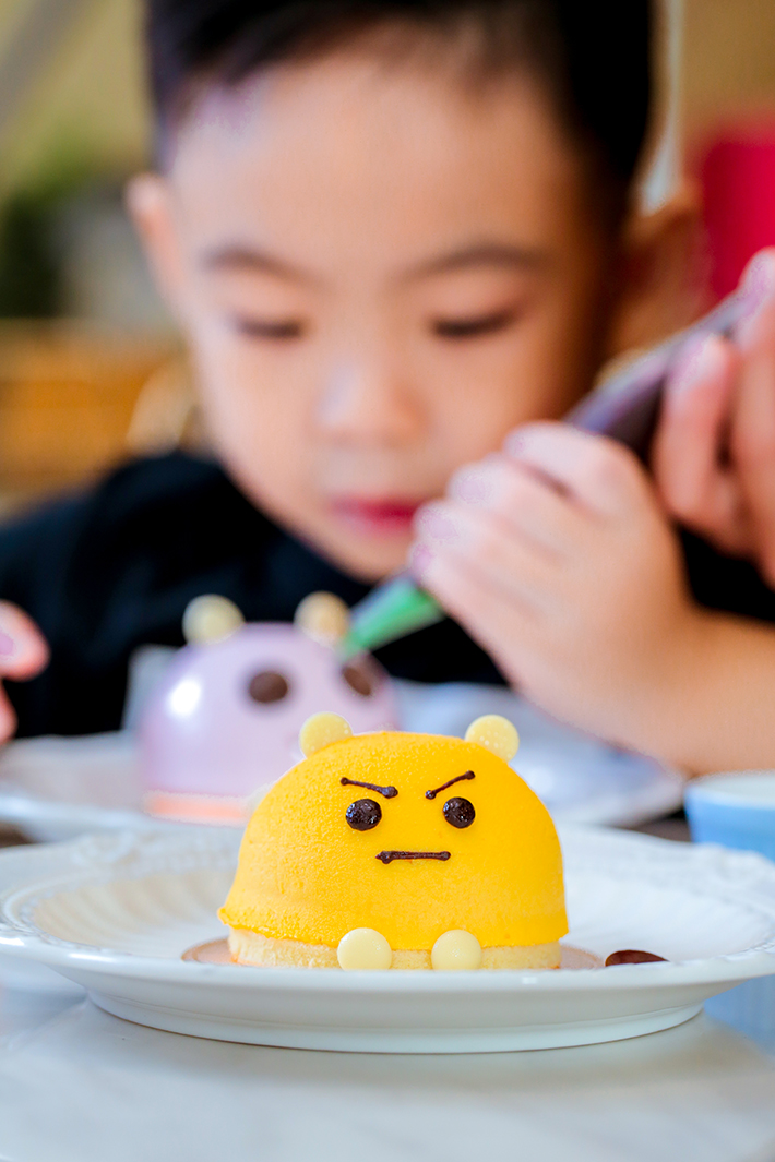 Fresh Fruits Lab Kids Emoji Cake