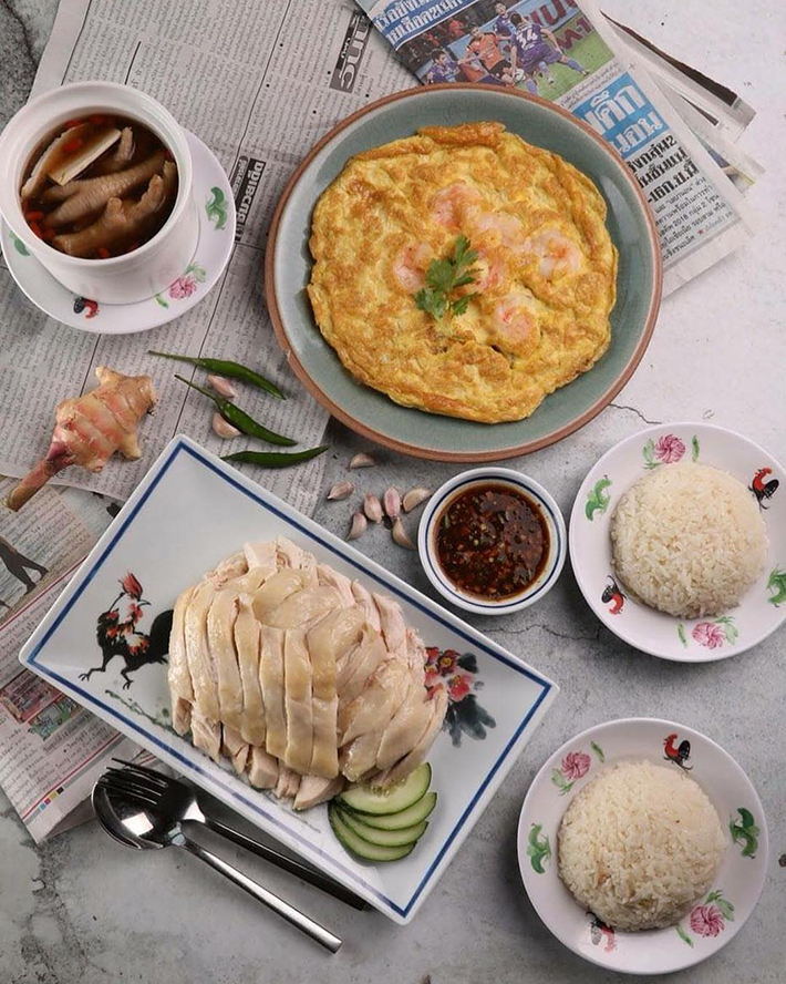 Go ang Kaomunkai Chicken Rice