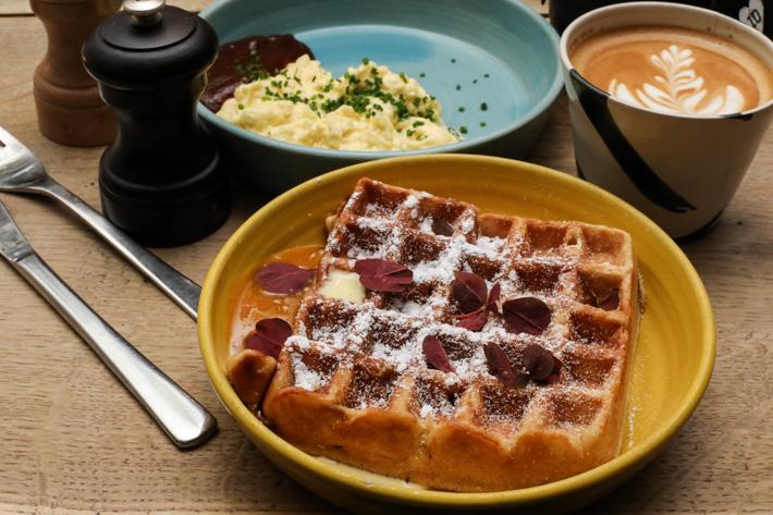 Møller - Kaffe og Køkken Breakfast