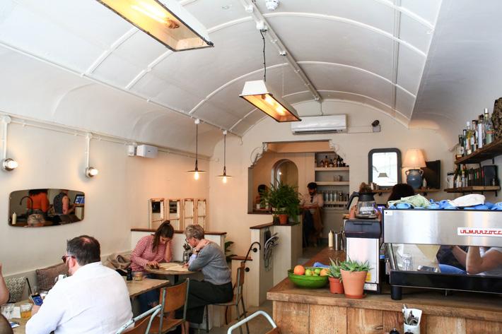 Eggbreak Cafe