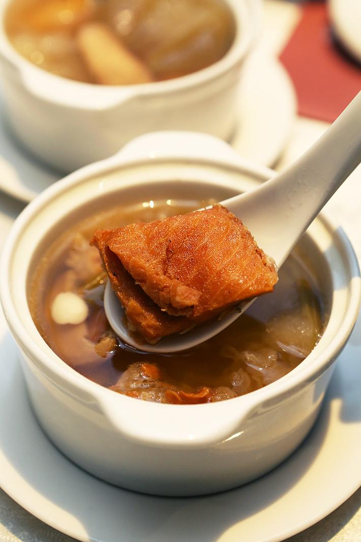 Si Chuan Dou Hua Fish Soup