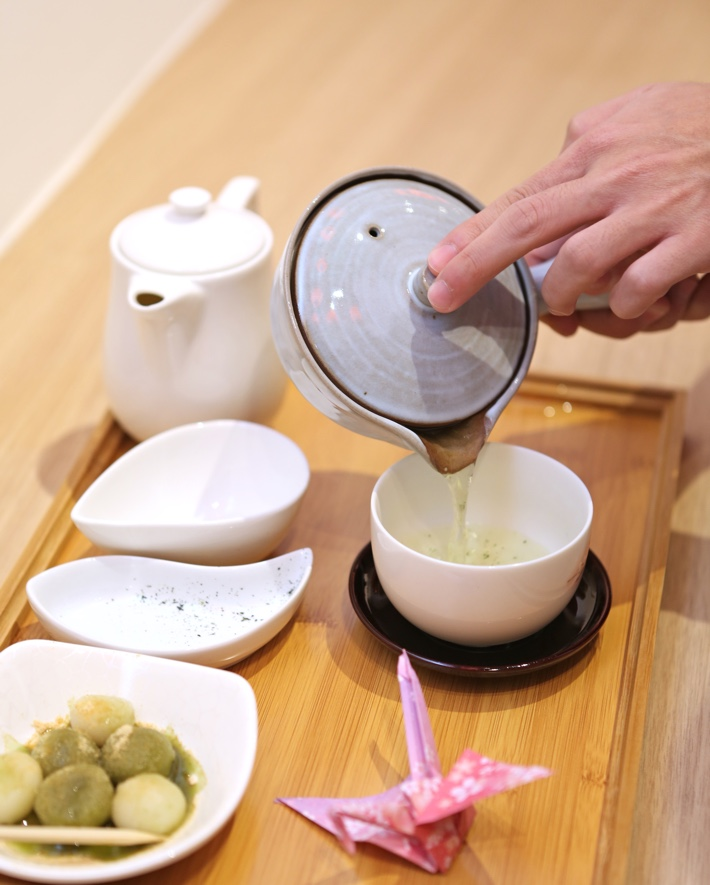 03. Pouring Of Tea Inspiration Store