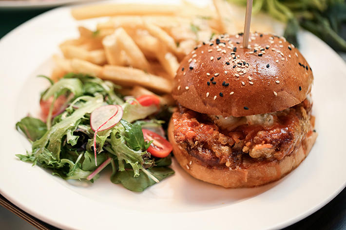 The Marmalade Pantry Sriracha Chicken Burger 2