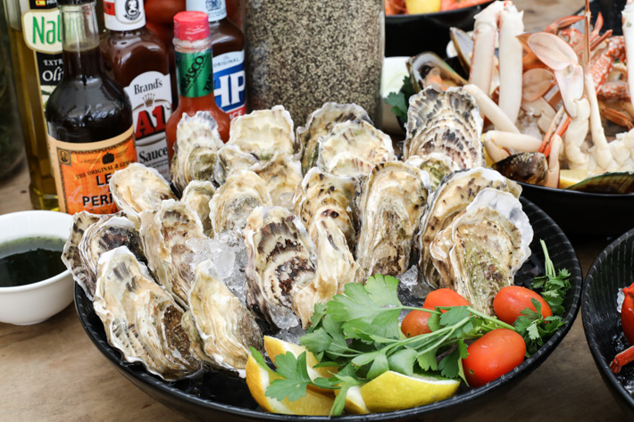 PARKROYAL Beach Road Oysters