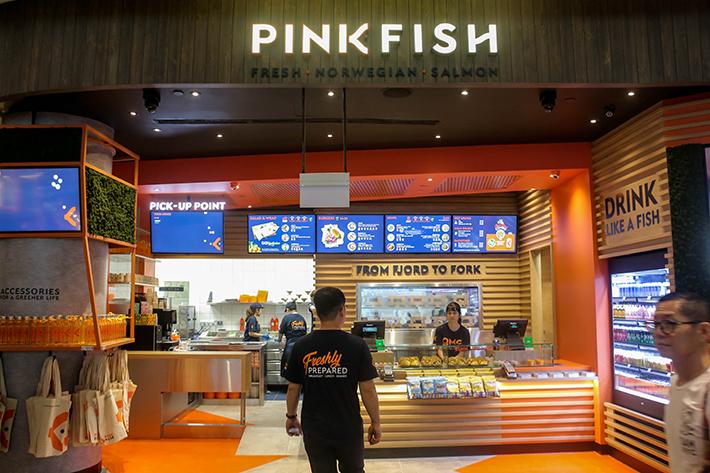Jewel-Pink Fish