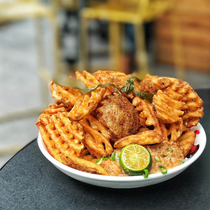 Loof Chilli Crab Waffle Fries