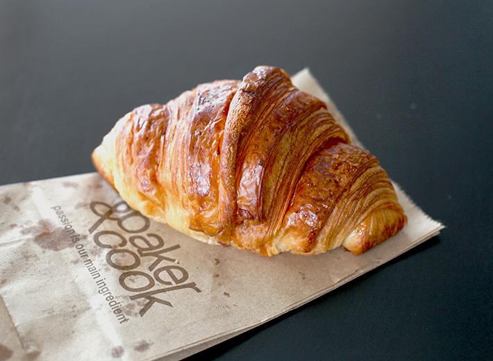 Baker & Cook Croissant