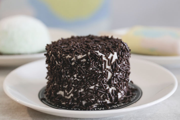 Two Bakers Chocolate Rice Cake