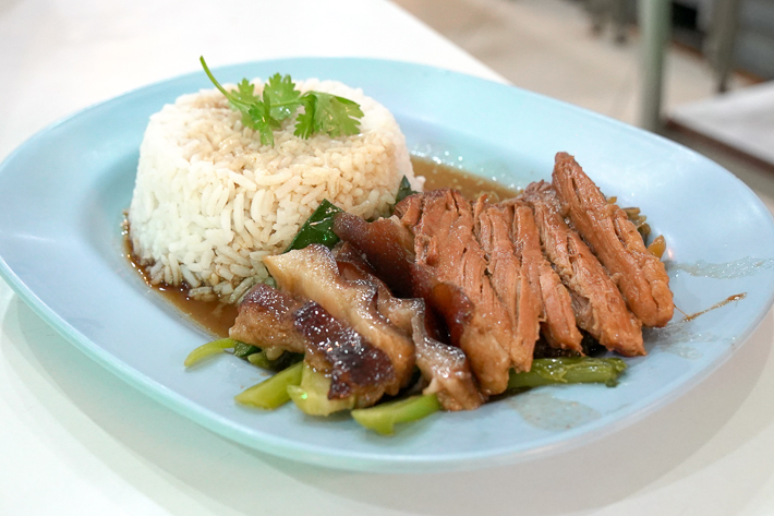 BAMEE SAWANG STEWED PORK LEG OVER RICE