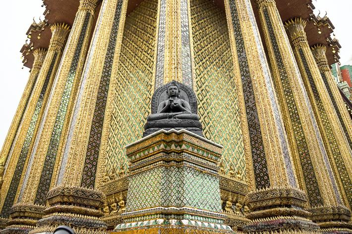 Grand Palace Bangkok Statue