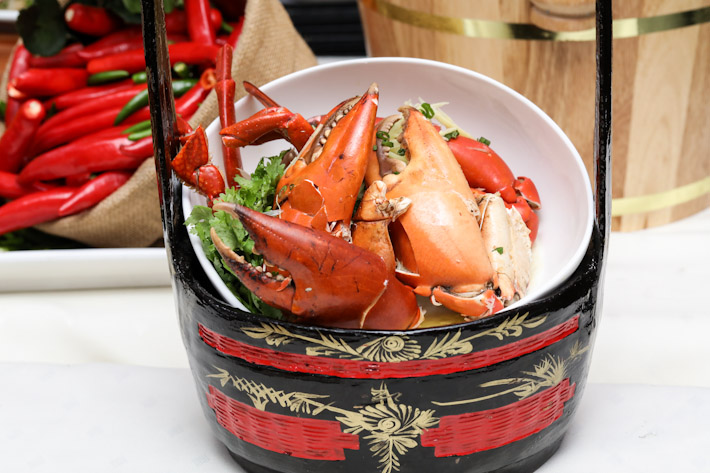 PARKROYAL Steamed Crab