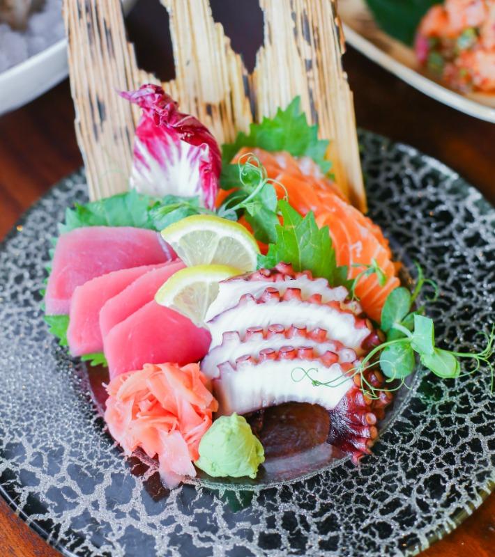 Edge Sashimi Platter