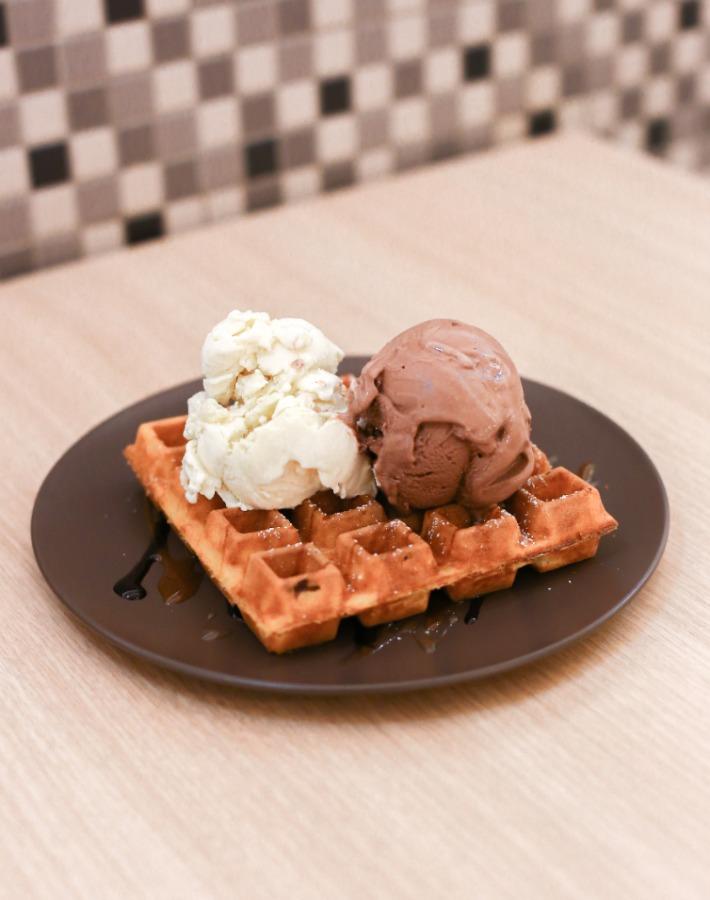 Everton Creamery Waffle