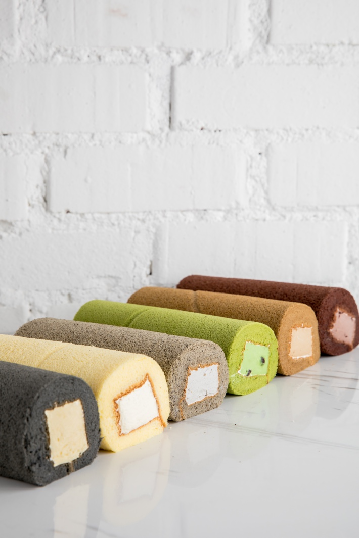 BLANCMANGE ROLL CAKES NOW BAKERY