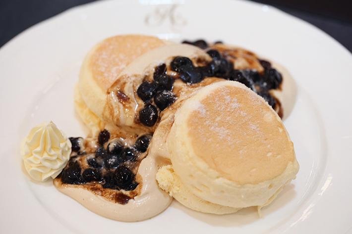 antoinette boba souffle pancake