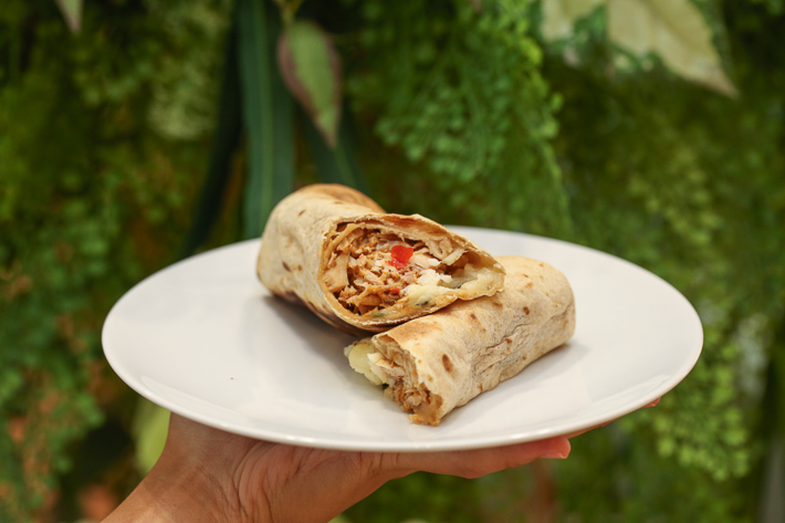 CAFE AMAZON THAI CHICKEN WRAP