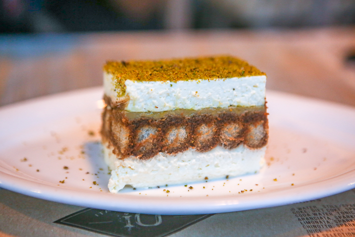 IO ITALIAN OSTERIA TIRAMISU CAKE