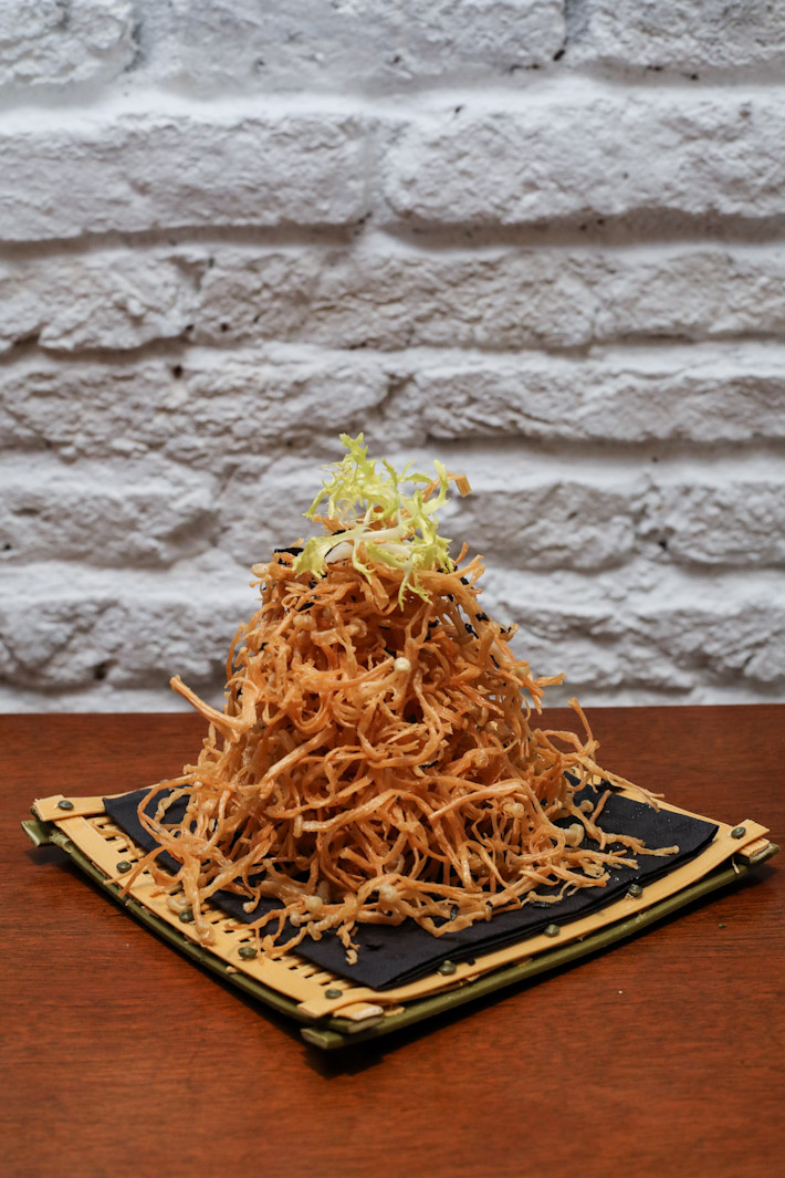 LingZhi Vegetarian Enoki Mushrooms with Truffle Oil