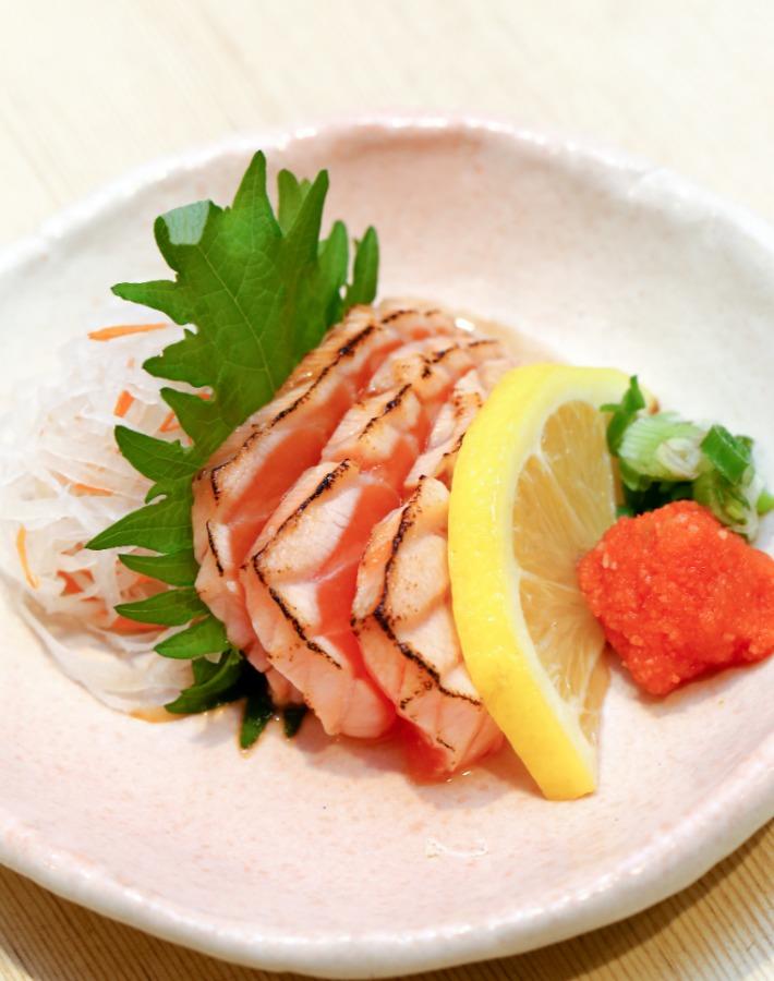 Seared Salmon with Tataki Sauce