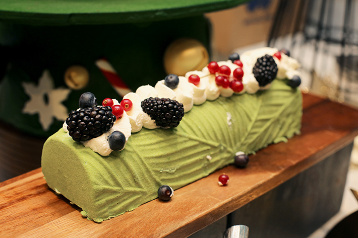 beach road kitchen desserts sesame green tea log cake