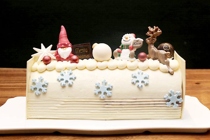 Spice Brasserie Log Cake