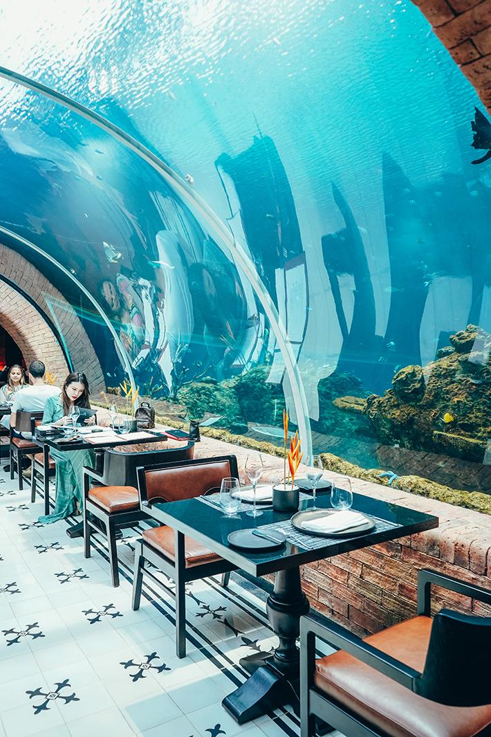 Koral Fish Tank Restaurant