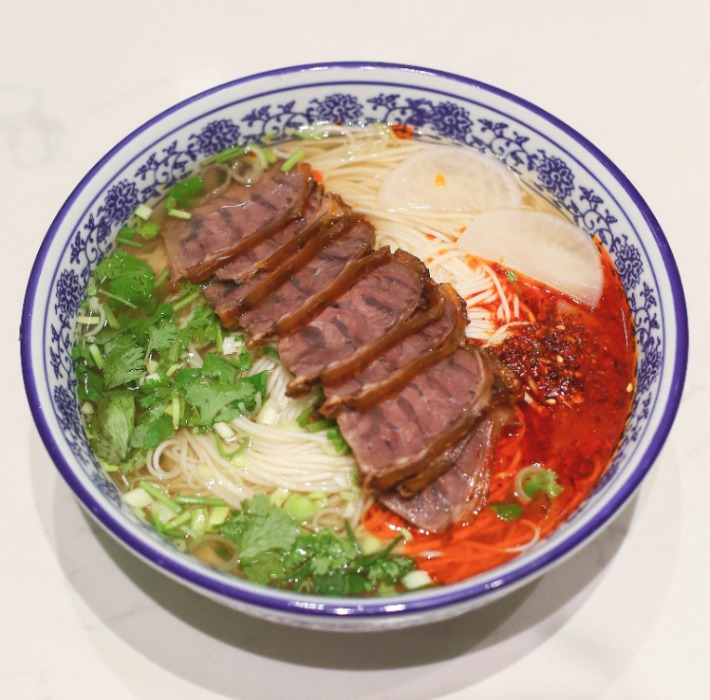 Xiaoer Niuda Premium Spicy Beef La Mian