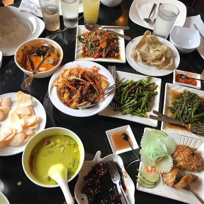 Bumbu Restaurant Spread