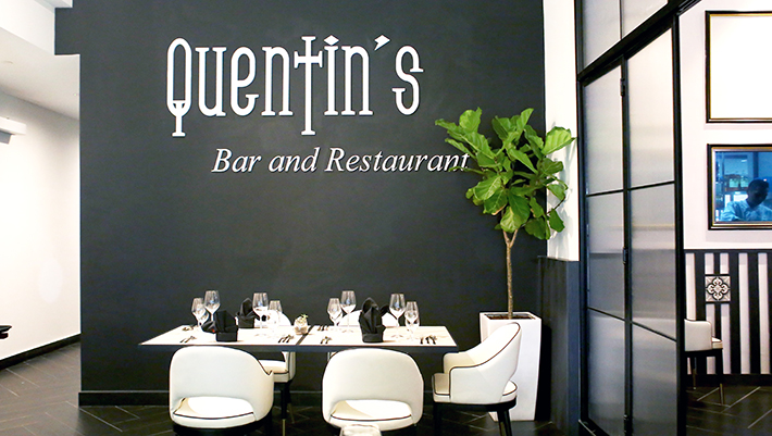 Quentin's Bar and Restaurant Interior