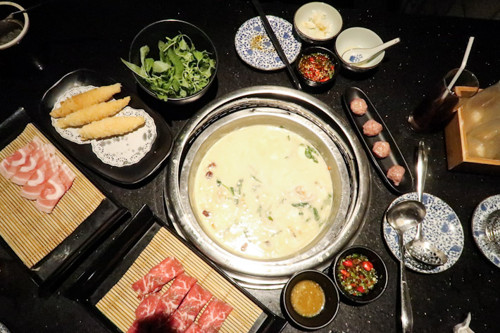 Beauty in A Pot Hotpot